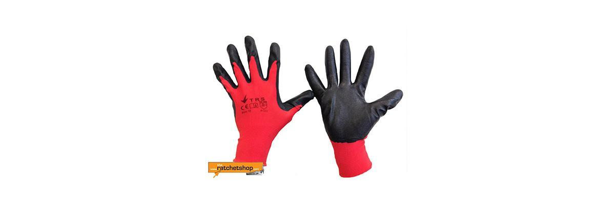 Why Are Nitrile Gloves So Popular?
